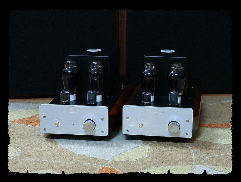 LX-300B-Z-SPECIAL-EDITION-AMPLIFIERS-1